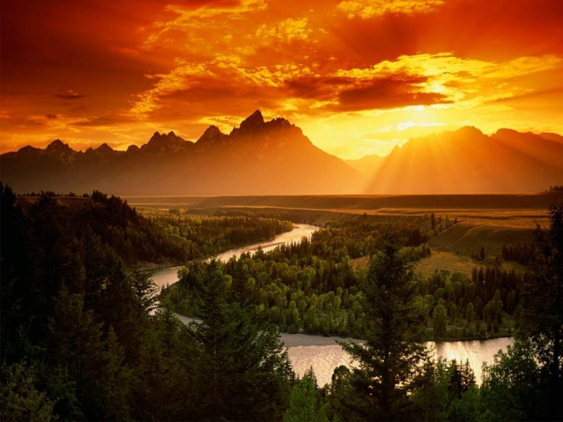 Vote pour le plus beau coucher de soleil Paysag10