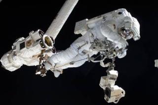 En image : la sortie dans l'espace de l'Italien Luca Parmitano Rtemag10