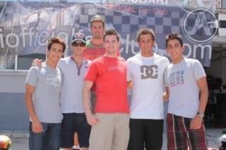 Jaime Alguersuari celebra su continuidad en Toro Rosso 10072010