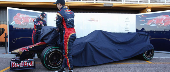 Comienzan las presentaciones de los monoplazas para 2011 Tororo10