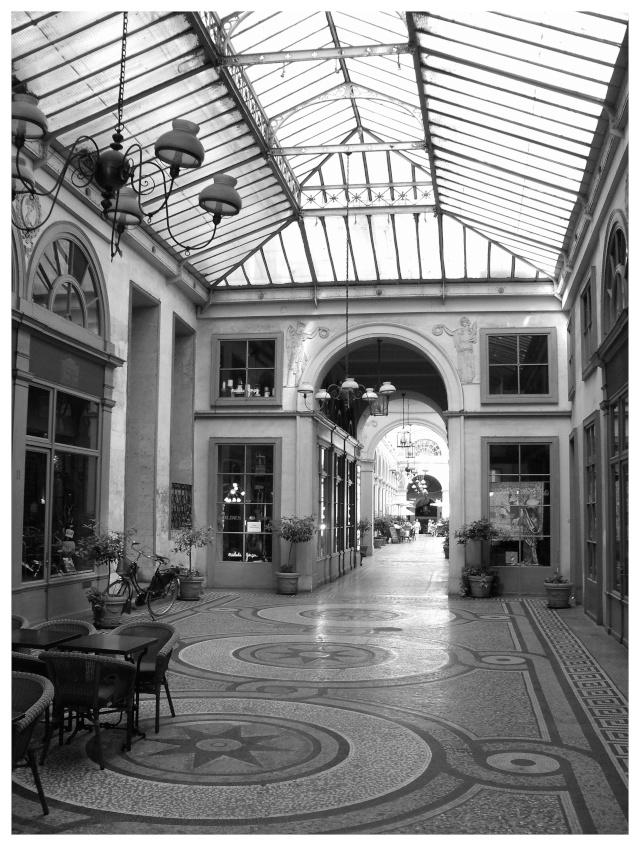Paris en couleurs , Paris en noir et blanc ! - Page 2 Sdc11411
