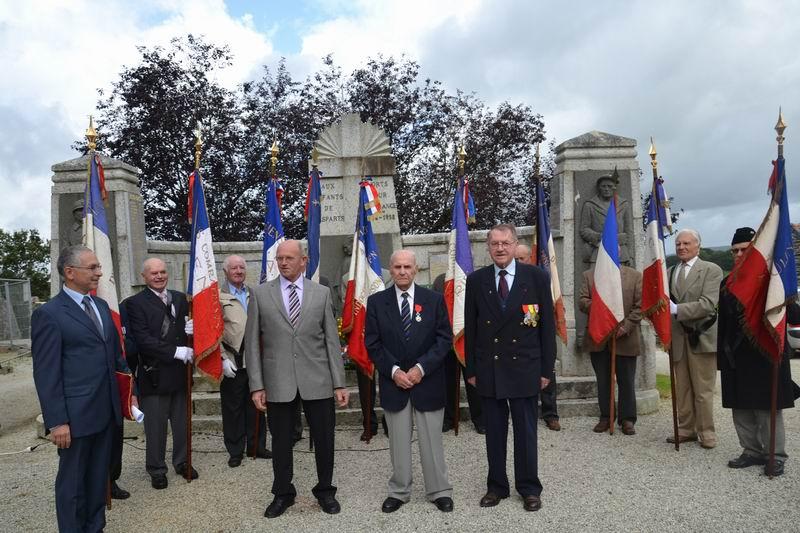 Cérémonie du 16 août 2012 - Remise de la Croix de la Légion d'Honneur à Alexis Creac'hminec Brascr10