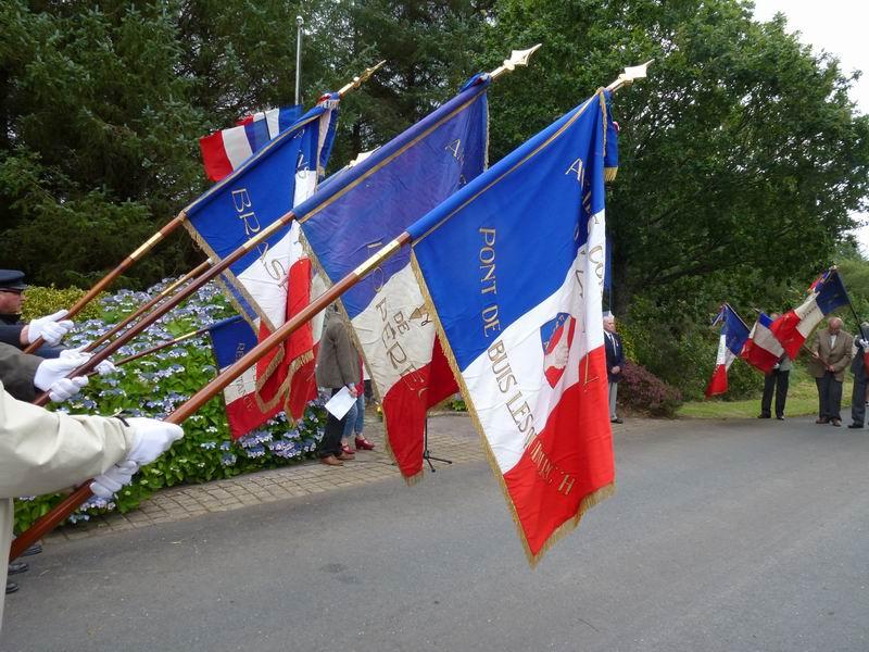 Cérémonie du 16 août 2012 - Remise de la Croix de la Légion d'Honneur à Alexis Creac'hminec P1010125