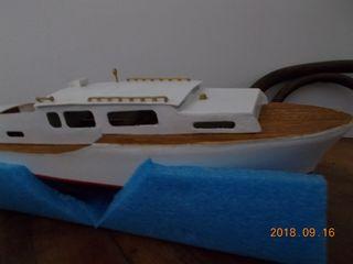 Creta  (Kit Dean's Marine) Dscn2211