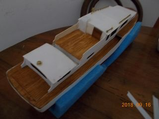 Creta  (Kit Dean's Marine) Dscn2212