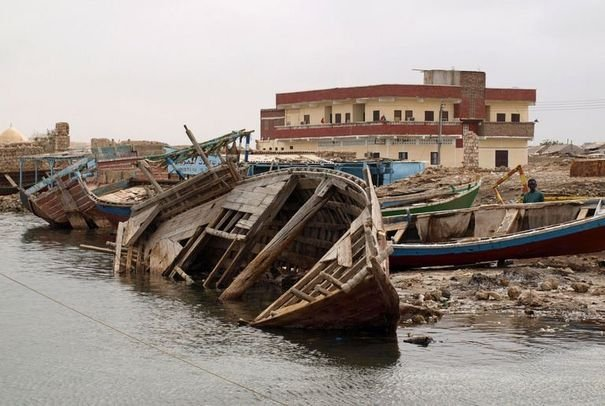 Barques échouées 23929810
