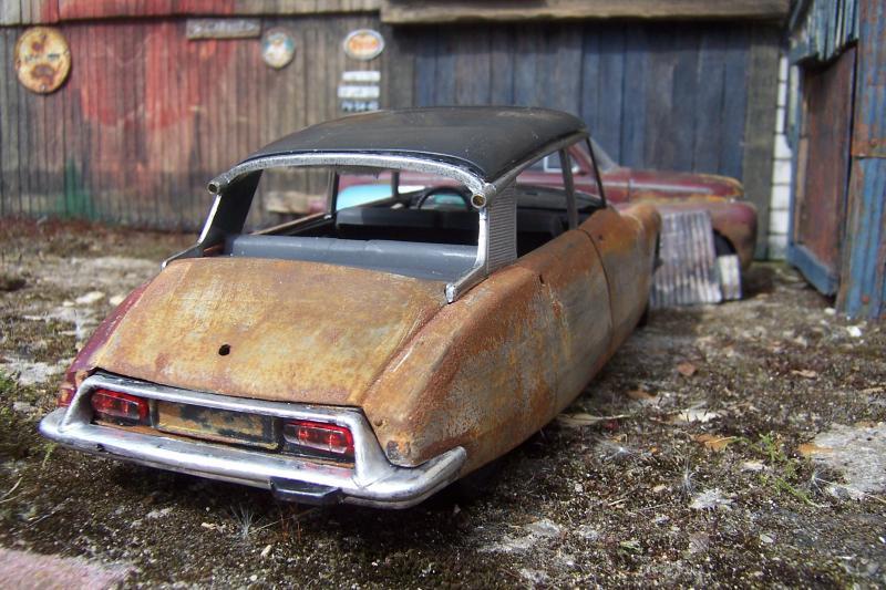 Appel à la nostalgie des épaves automobiles Photo_10