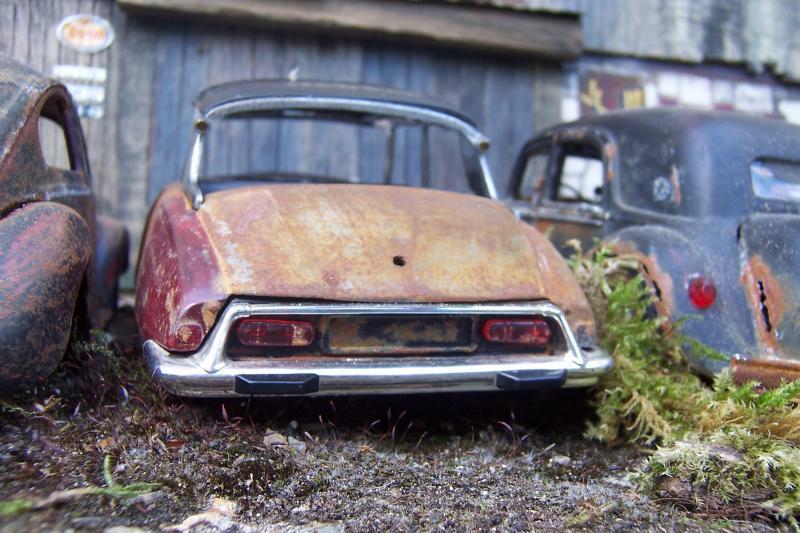 Appel à la nostalgie des épaves automobiles Photo_11