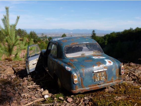 Appel à la nostalgie des épaves automobiles Solido10