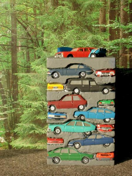 Appel à la nostalgie des épaves automobiles Tour_d10