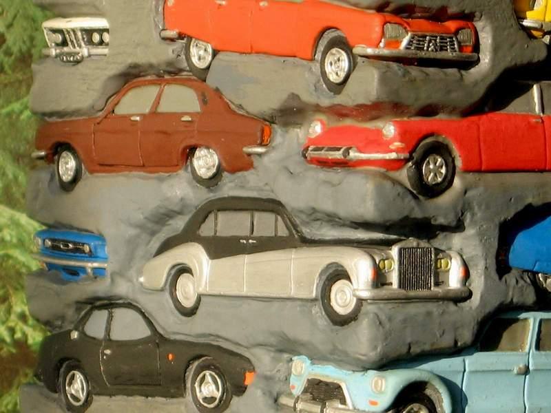 Appel à la nostalgie des épaves automobiles Tour_d12