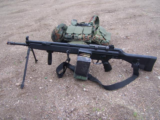 POST A PIC. OF YOUR AIRSOFT LOADOUT Hk21-110