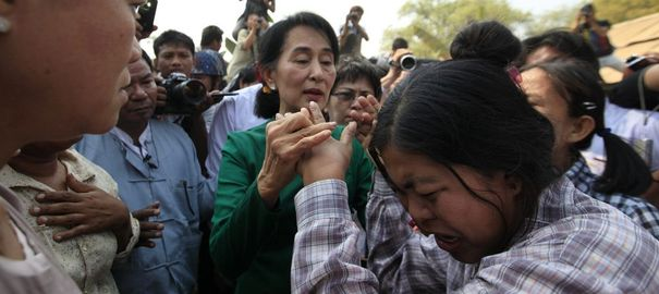 Daw Aung San Suu Kyi - Page 4 24965312