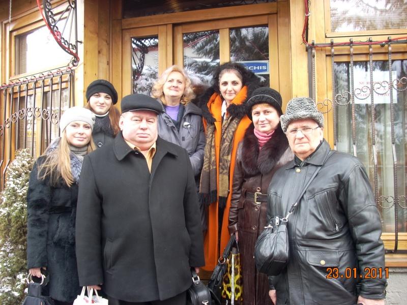 """Intalnire cu membri ai Societatii pentru Cultura Romaneasca """"Mihai Eminescu"""" din regiunea Cernauti si cu alti romani basarabeni Ambra_15"""