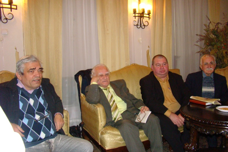 22 Ianuarie 2011-Sedinta a IX a A Cenaclului U.P.-Prin Iasi cu Veronica si Eminescu- Cenacl13