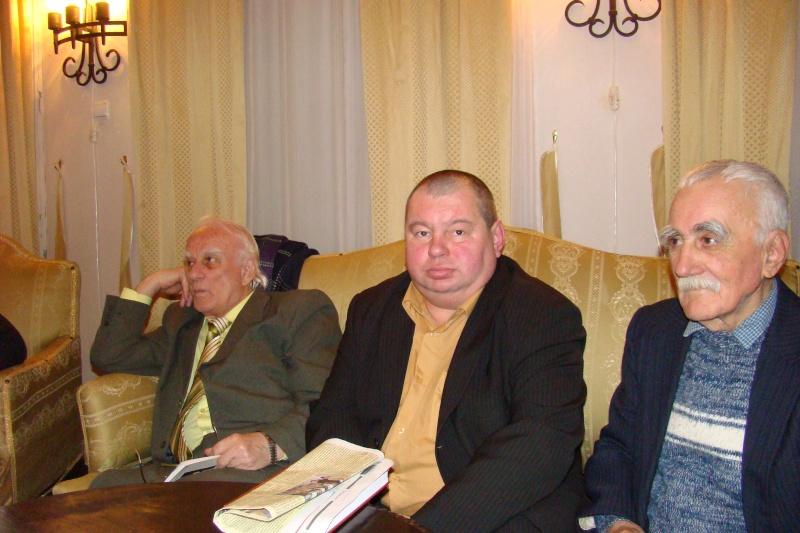 22 Ianuarie 2011-Sedinta a IX a A Cenaclului U.P.-Prin Iasi cu Veronica si Eminescu- Cenacl14