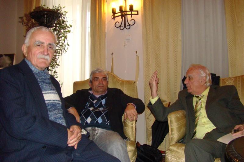 22 Ianuarie 2011-Sedinta a IX a A Cenaclului U.P.-Prin Iasi cu Veronica si Eminescu- Cenacl18