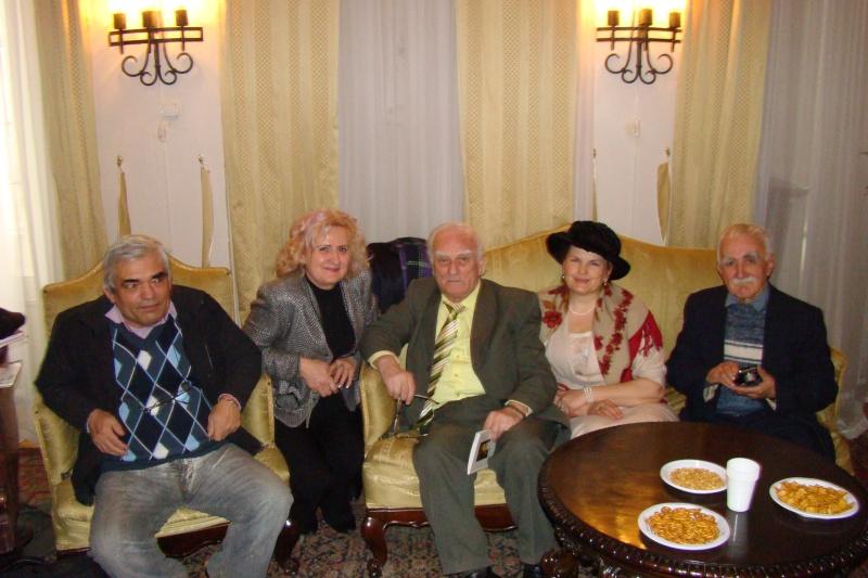22 Ianuarie 2011-Sedinta a IX a A Cenaclului U.P.-Prin Iasi cu Veronica si Eminescu- Cenacl19