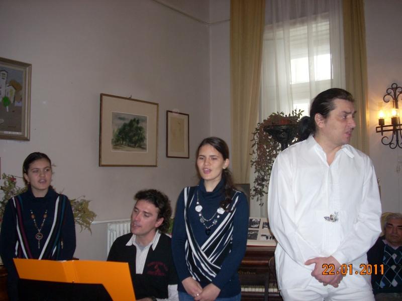 22 Ianuarie 2011-Sedinta a IX a A Cenaclului U.P.-Prin Iasi cu Veronica si Eminescu- Cenacl21