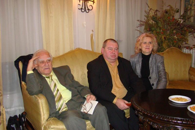 22 Ianuarie 2011-Sedinta a IX a A Cenaclului U.P.-Prin Iasi cu Veronica si Eminescu- Cenacl24