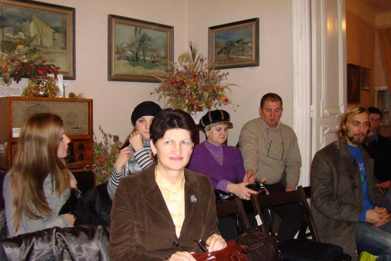 22 Ianuarie 2011-Sedinta a IX a A Cenaclului U.P.-Prin Iasi cu Veronica si Eminescu- Cenacl25