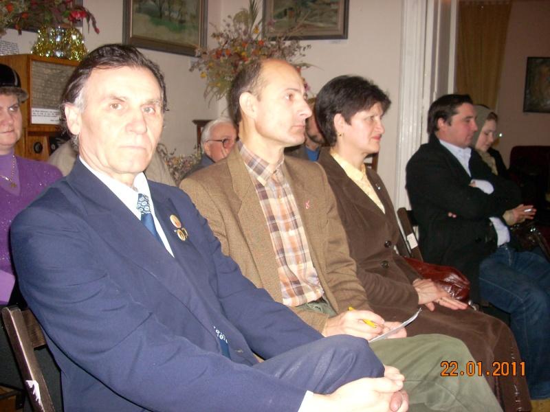 22 Ianuarie 2011-Sedinta a IX a A Cenaclului U.P.-Prin Iasi cu Veronica si Eminescu- Cenacl26