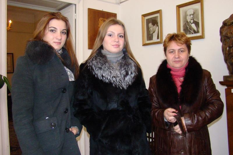 "Intalnire cu membri ai Societatii pentru Cultura Romaneasca ""Mihai Eminescu"" din regiunea Cernauti si cu alti romani basarabeni Cenacl34"