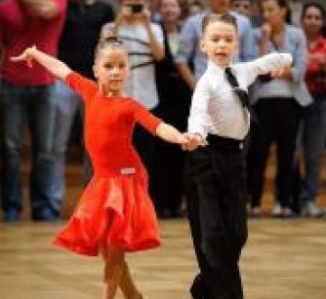 Doi micuti dansatori ieseni Stefan Matasaru si Alexandra Motoc, au triumfat la cel mai prestigios concurs mondial German Open Championships-Stuttgart Clip_314