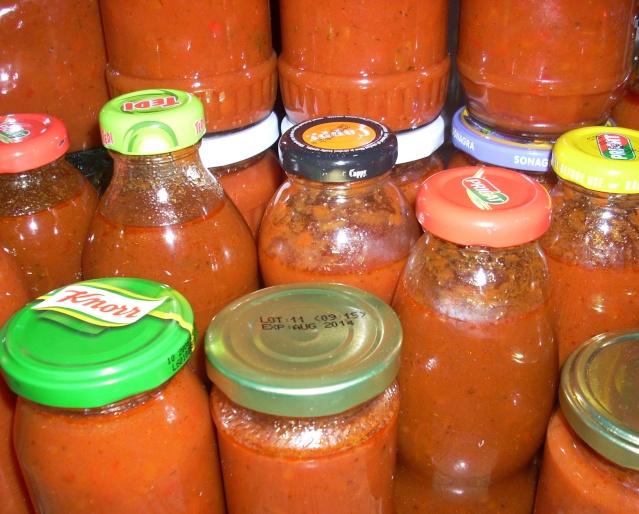 Muraturi in otet si in saramura-alte preparate(conserve din legume) pentru iarna Ketchu10