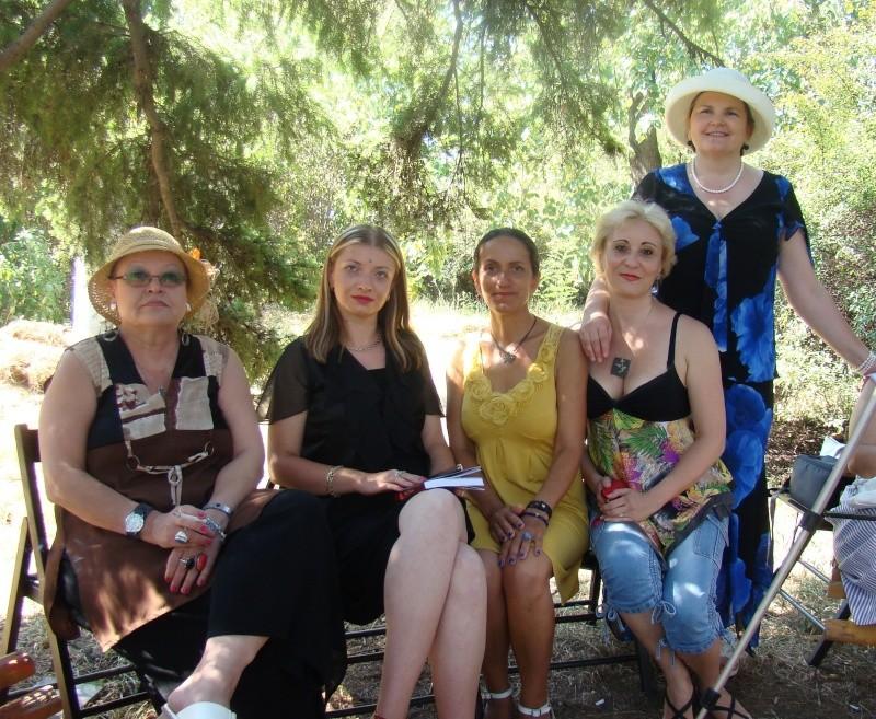 """Lansare de cărţi: """"La marginea tăcerii"""", de Dorina Neculce, """"Vade Mecum"""", Antologie versuri. Şase poeţi contemporani. """"Contraria"""",Rameel şi Dorina Neculce Lansar31"""