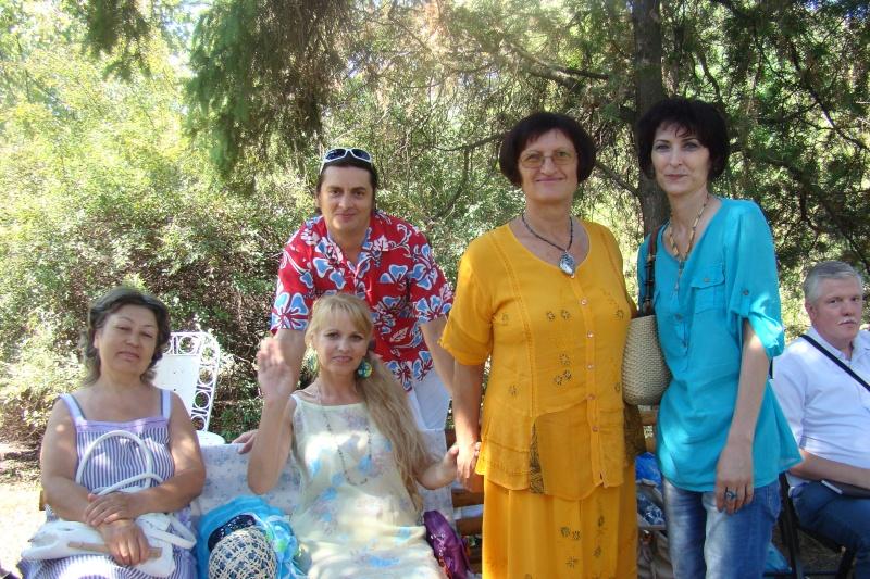 """Lansare de cărţi: """"La marginea tăcerii"""", de Dorina Neculce, """"Vade Mecum"""", Antologie versuri. Şase poeţi contemporani. """"Contraria"""",Rameel şi Dorina Neculce Lansar35"""