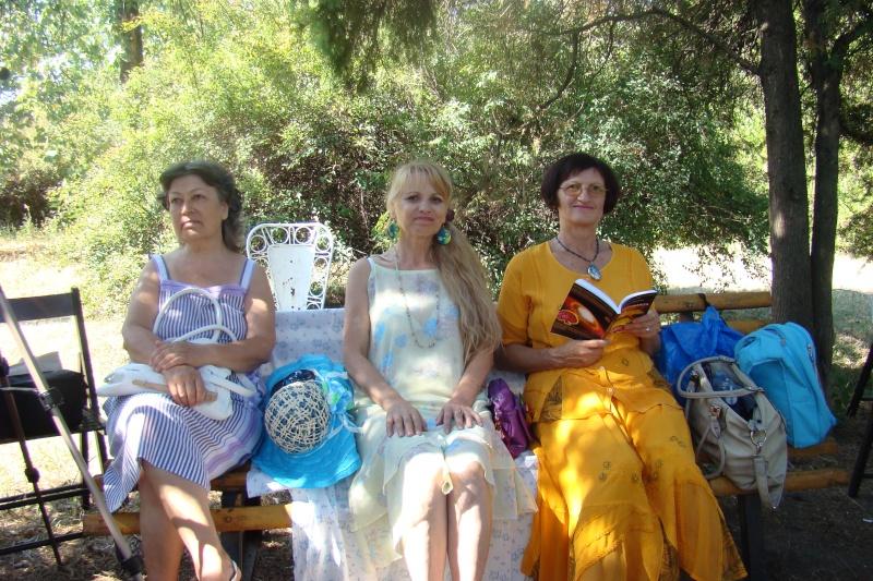 """Lansare de cărţi: """"La marginea tăcerii"""", de Dorina Neculce, """"Vade Mecum"""", Antologie versuri. Şase poeţi contemporani. """"Contraria"""",Rameel şi Dorina Neculce Lansar55"""