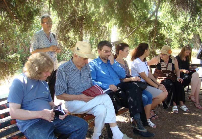 """Lansare de cărţi: """"La marginea tăcerii"""", de Dorina Neculce, """"Vade Mecum"""", Antologie versuri. Şase poeţi contemporani. """"Contraria"""",Rameel şi Dorina Neculce Lansar56"""