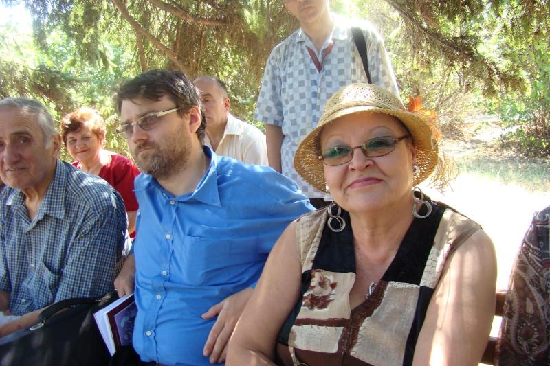 """Lansare de cărţi: """"La marginea tăcerii"""", de Dorina Neculce, """"Vade Mecum"""", Antologie versuri. Şase poeţi contemporani. """"Contraria"""",Rameel şi Dorina Neculce Lansar66"""