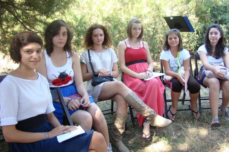 """Lansare de cărţi: """"La marginea tăcerii"""", de Dorina Neculce, """"Vade Mecum"""", Antologie versuri. Şase poeţi contemporani. """"Contraria"""",Rameel şi Dorina Neculce Lansar79"""