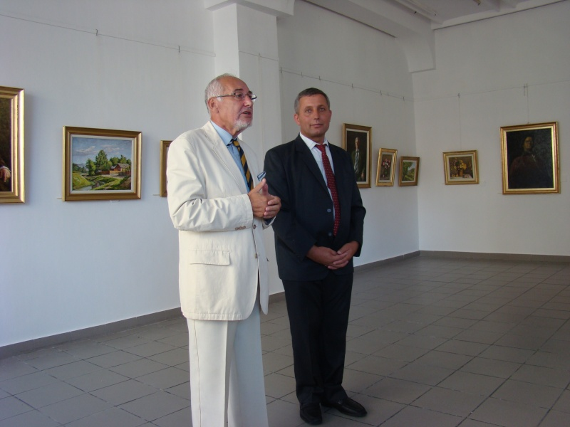 Mihai Coţovanu-Vernisajul expozitiei de pictura: Lumina vine din interior- Mihai_10