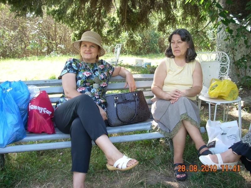 Picnic cultural-28 august 2010-azi ne reamintim  de Arghezi si Cosbuc  Picnic12