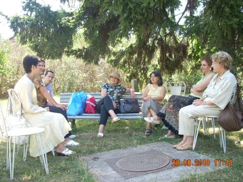 Picnic cultural-28 august 2010-azi ne reamintim  de Arghezi si Cosbuc  Picnic19