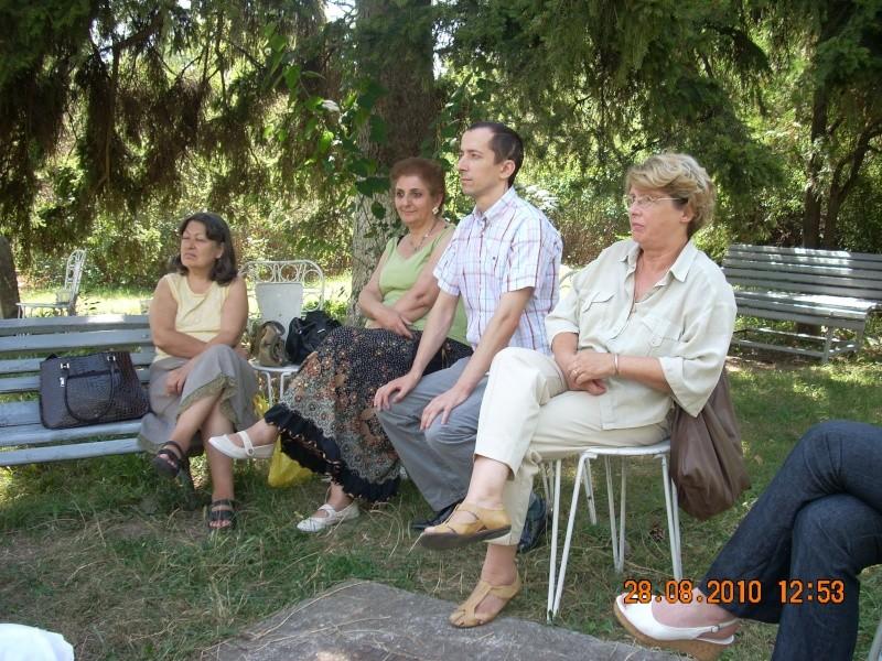 Picnic cultural-28 august 2010-azi ne reamintim  de Arghezi si Cosbuc  Picnic21