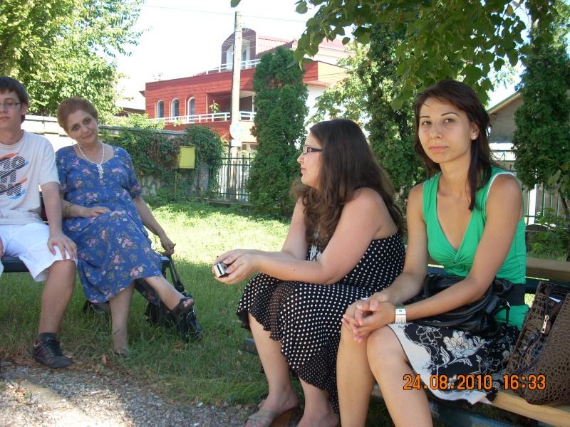Sezatori,picnicuri,serate,ateliere culturale,reuniuni prieteneşti Poze_012