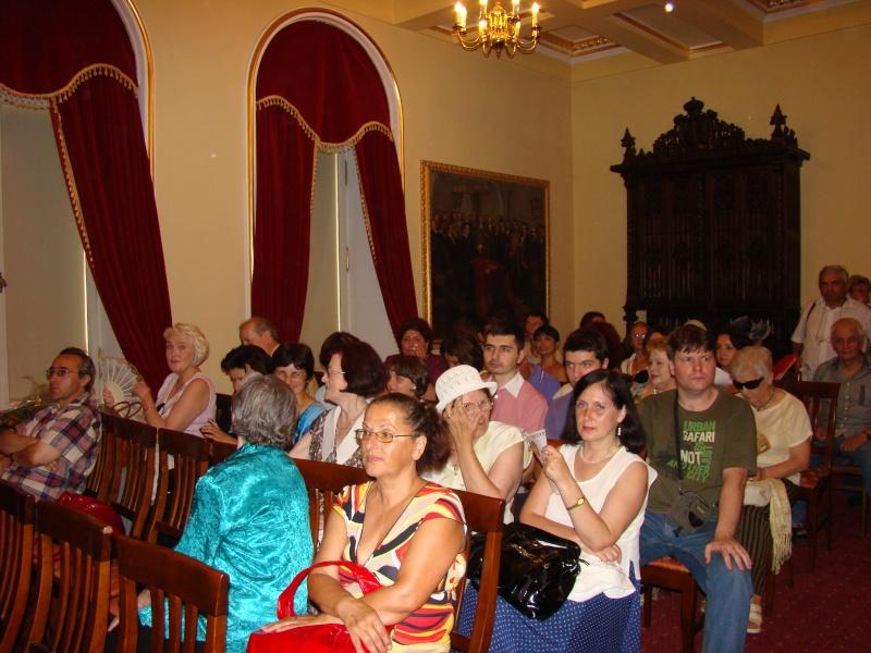 """Noaptea Alba A Strazii Lapusneanu-31 iulie 2010-Seara de muzica si poezie """"Suflet de femeie"""" cu Mihaela Grăjdeanu Suflet12"""
