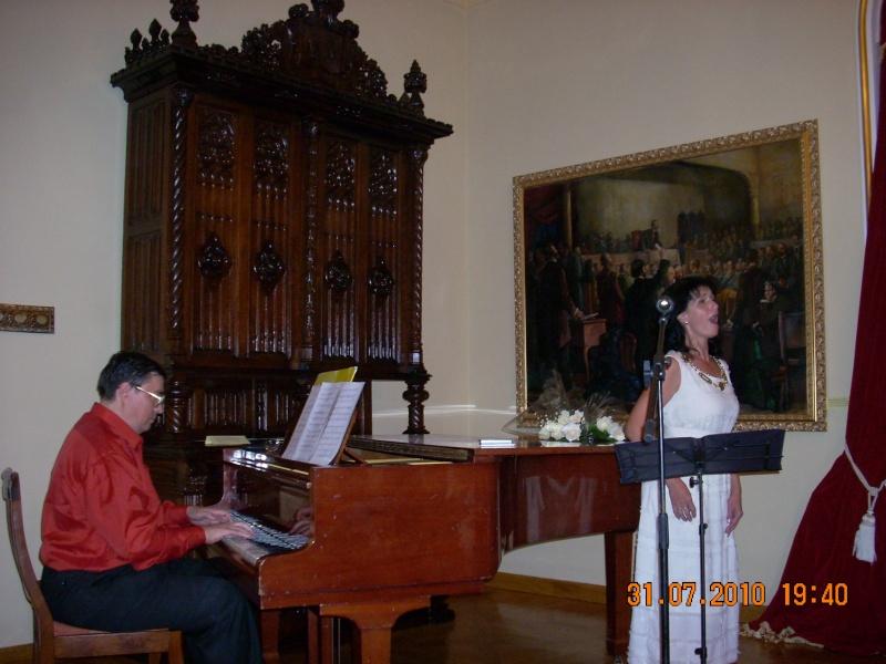 """Noaptea Alba A Strazii Lapusneanu-31 iulie 2010-Seara de muzica si poezie """"Suflet de femeie"""" cu Mihaela Grăjdeanu Suflet20"""