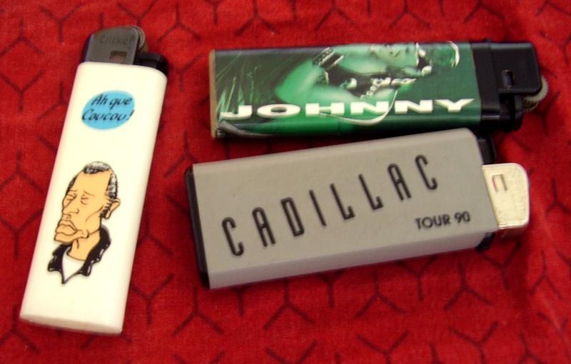 Briquets , étuis , boites a cigarettes et autres accessoires du fumeur  - Page 2 P8160010