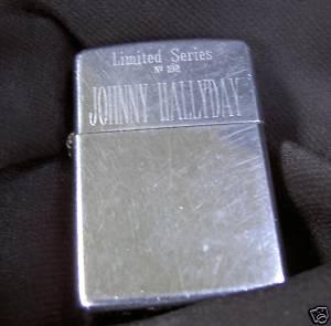 Briquets , étuis , boites a cigarettes et autres accessoires du fumeur  - Page 2 Zippo110