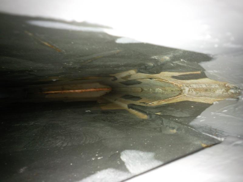 Photos et côtes du système de relevage de quille pour Etap 22 Photo014