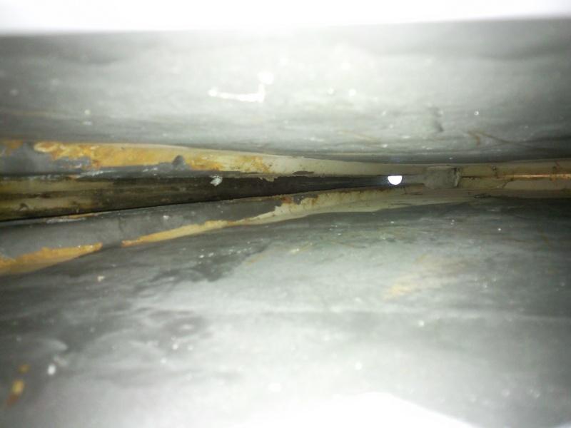 Photos et côtes du système de relevage de quille pour Etap 22 Photo015