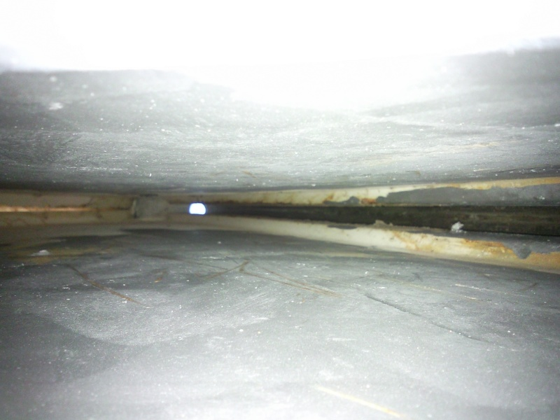 Photos et côtes du système de relevage de quille pour Etap 22 Photo018