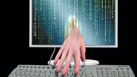 Kriminelët dhe mashtruesit në internet U84uha11
