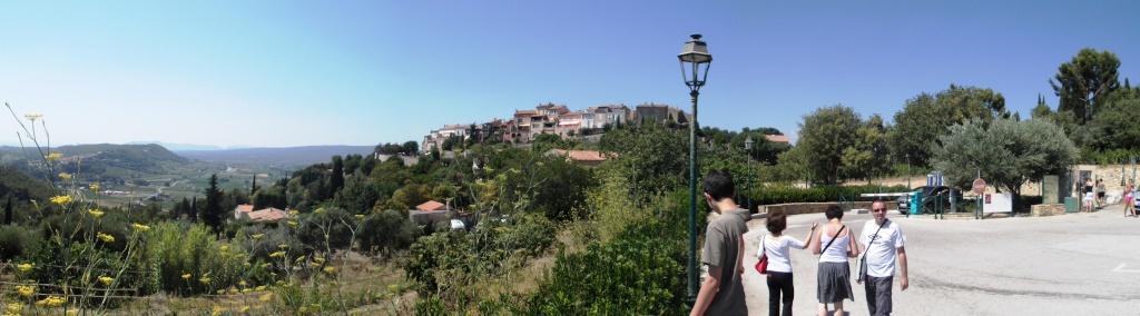Le Castellet - village médiéval  - Page 2 Dscf0311