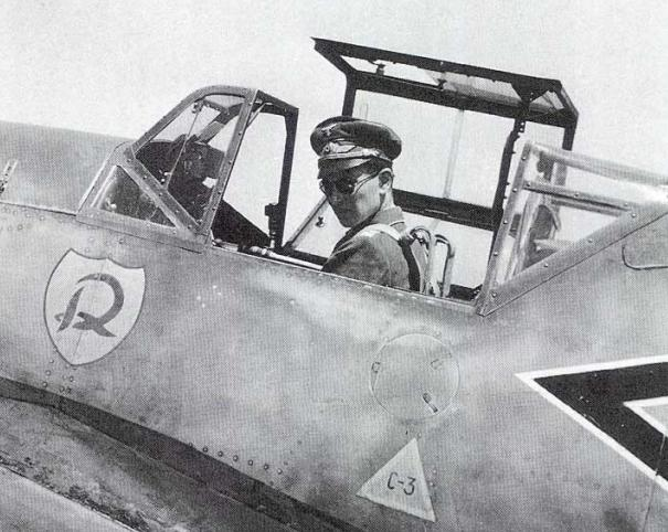 Bf109 F4 Trop. Seat_b10